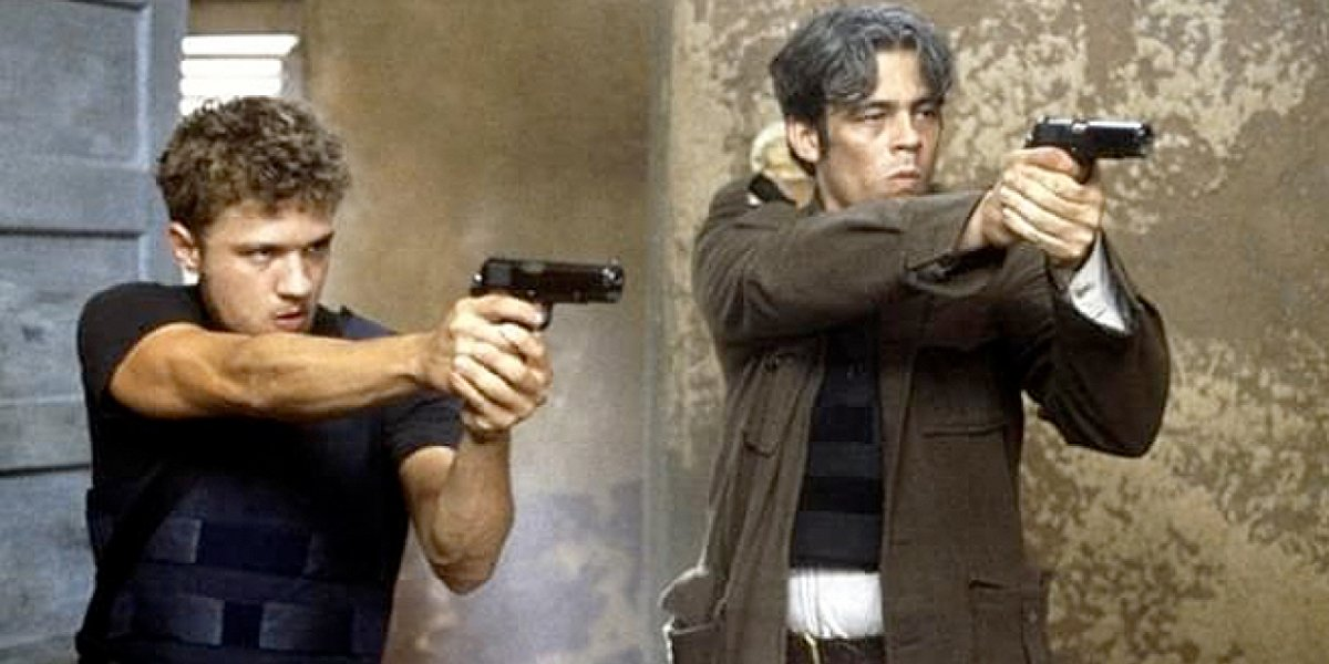 Ryan Phillippe and Benicio del Toro in The Way of the Gun