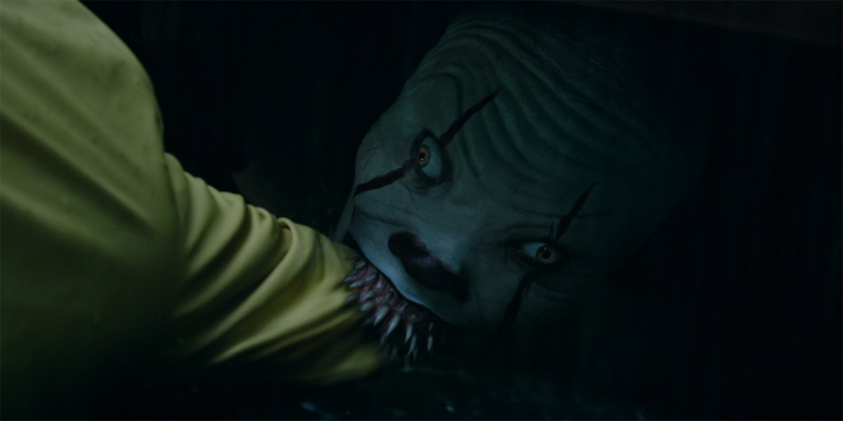 IT – Georgie Denbrough Gets Pulled Into The Sewer