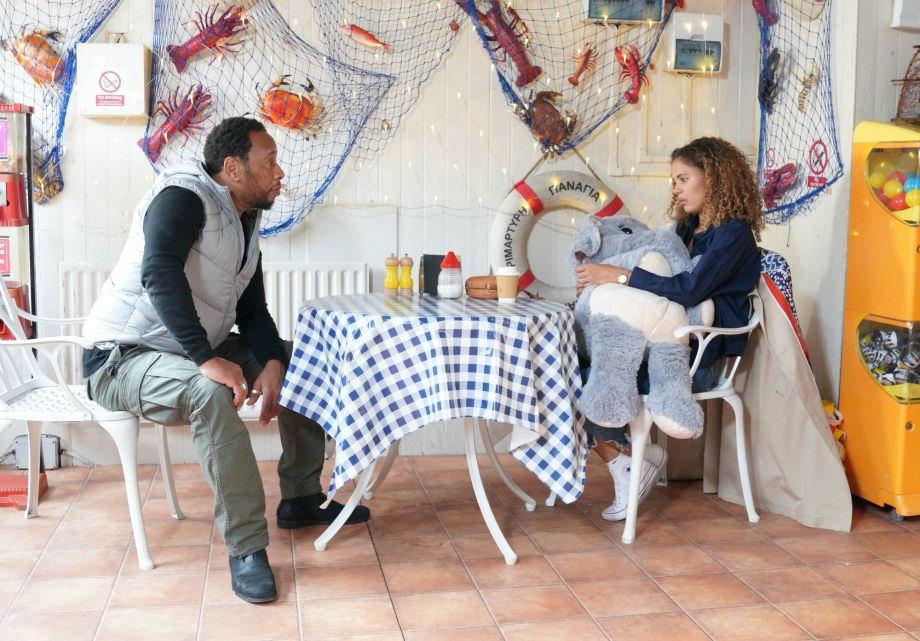 Mitch finds Chantelle in a local cafe in EastEnders