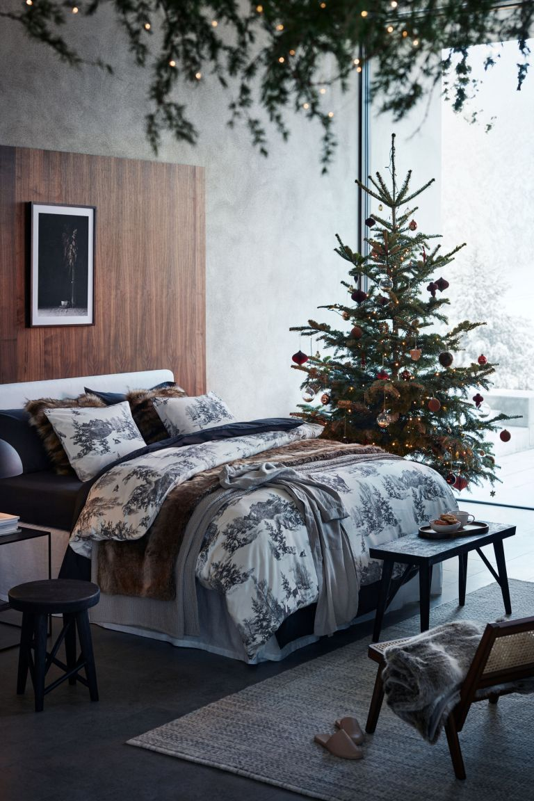 H&M Christmas bedding