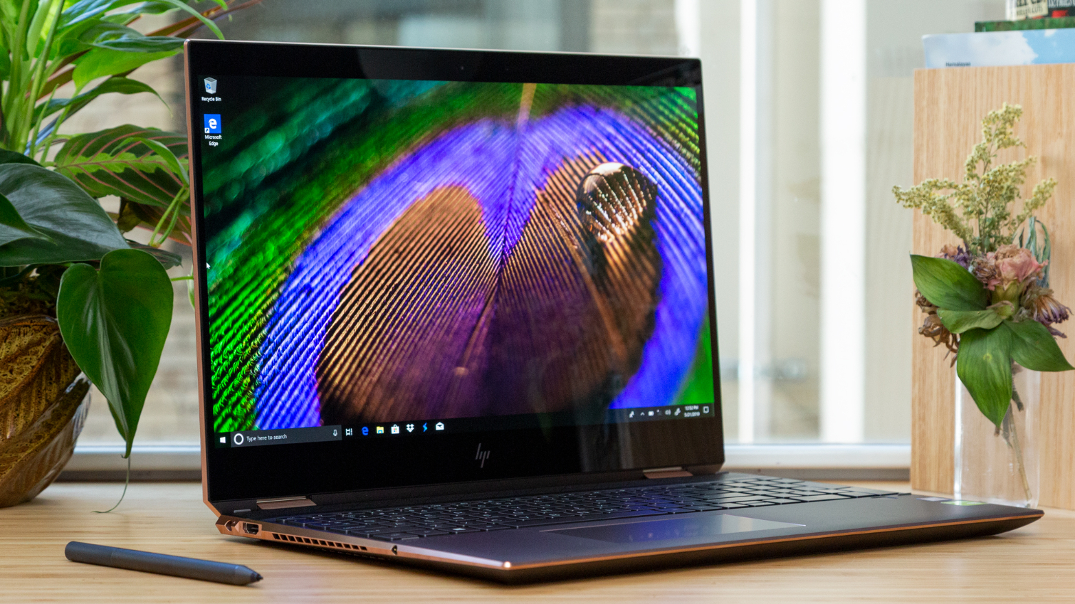 HP Spectre x360 15-inch (OLED) Review: Bright Like a Diamond - Tom's  Hardware | Tom's Hardware