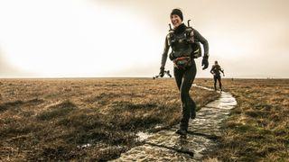 spine race runners