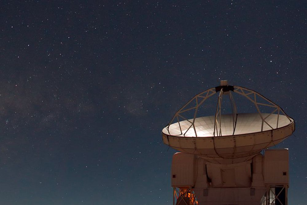 Here's How Scientists Turned the World Into a Telescope (to See a Black Hole)