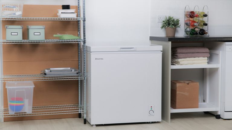 Russell Hobbs RHCF150-MD Chest Freezer