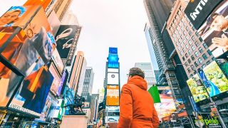 Verizon Media and Broadsign have extended their partnership to directly integrate Verizon Media's programmatic demand-side-platform (DSP) with the Broadsign Reach programmatic DOOH supply-side-platform (SSP).