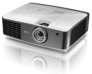 BenQ Introduces Wireless Projector With Built-in 5-GHz WHDI
