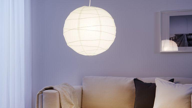 REGOLIT light in a lavender painted room
