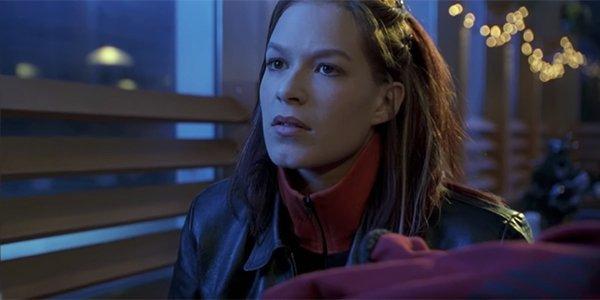 Love scene in the Bourne Identity, 2002