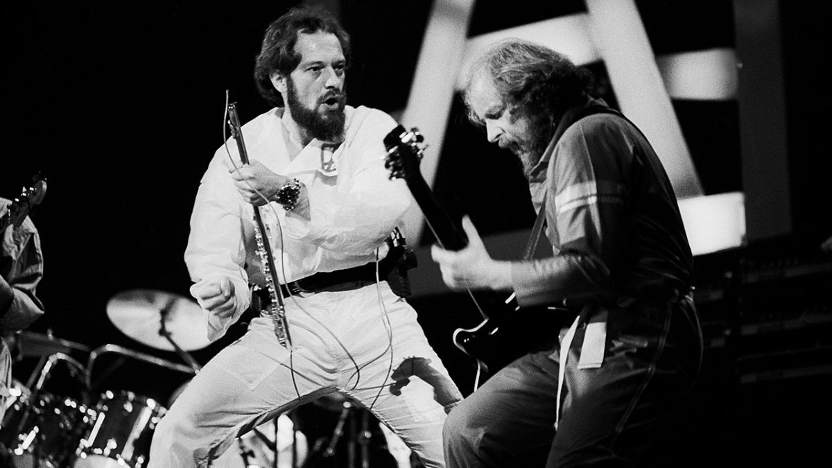 Martin Barre opens up on the moment Ian Anderson disbanded Jethro Tull
