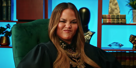 Chrissy Teigen Calls Out Fox News Anchor For Having Lip Sync Battle Star's Boobs Up On Her Phone