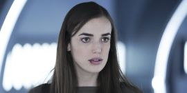 Agents Of S.H.I.E.L.D.'s Elizabeth Henstridge And Iain De Caestecker Talk The FitzSimmons Finale Twist And More