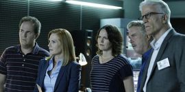 Apparently, CSI Borrowed Its Now-Iconic Shot From A George Clooney Movie