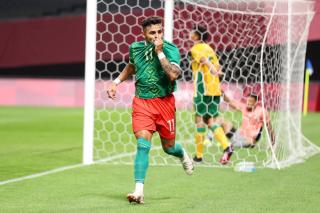 Alexis Vega celebrates his goal against South Africa