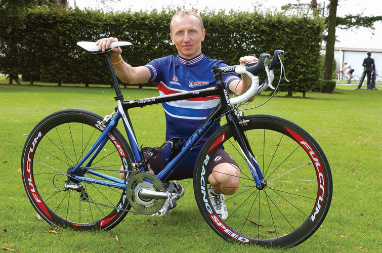 PRO BIKE: MARTIN SMITH'S GIANT TCR COMPOSITE - Cycling Weekly