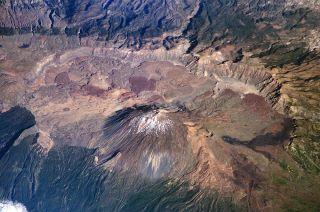 Las Canadas volcano and caldera