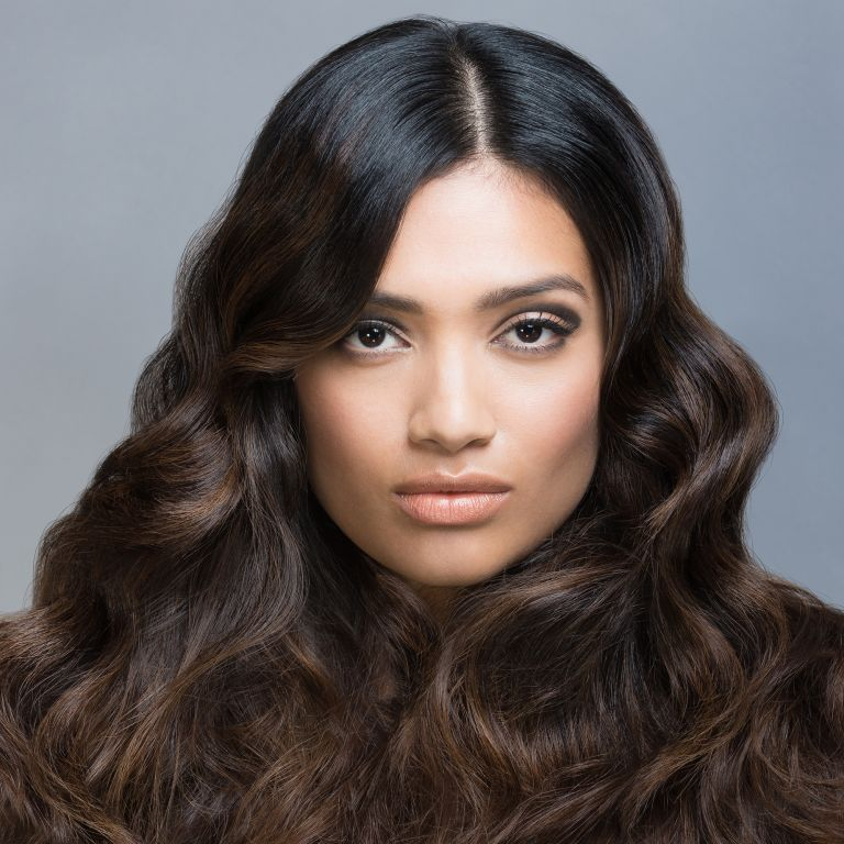 Photo of a wavy hairstyle
