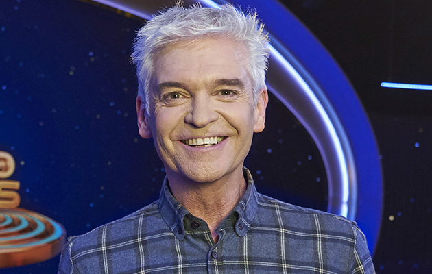 Phillip Schofield hosts 5 Gold Rings
