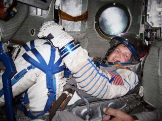 Next Space Tourist Launches Website, Aims for Orbit