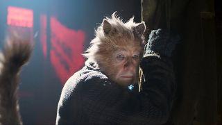 ian McKellan as Gus the Theatre Cat in Cats 2019