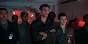 Independence Day 2's Honest Trailer Is Worth Watching For Liam Hemsworth's Roar Montage Alone