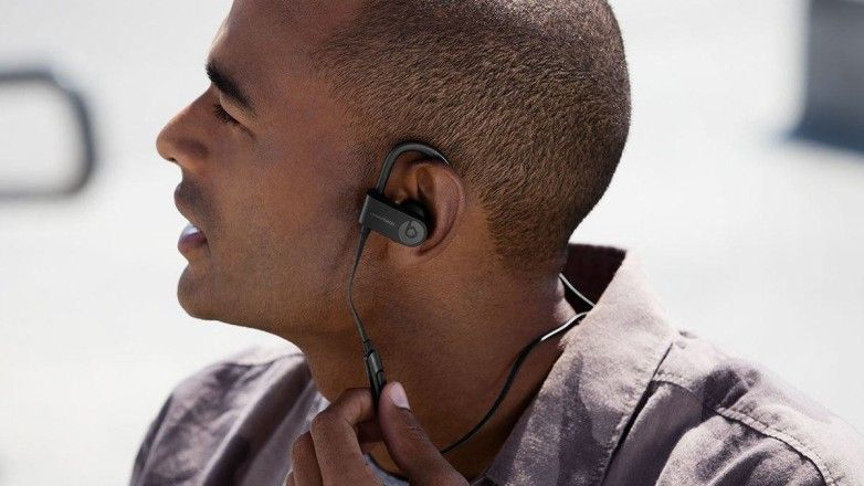 The Beats Powerbeats 4 are taking one of the Powerbeats Pro's best features
