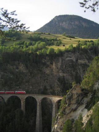 alps-gorges-101205-02