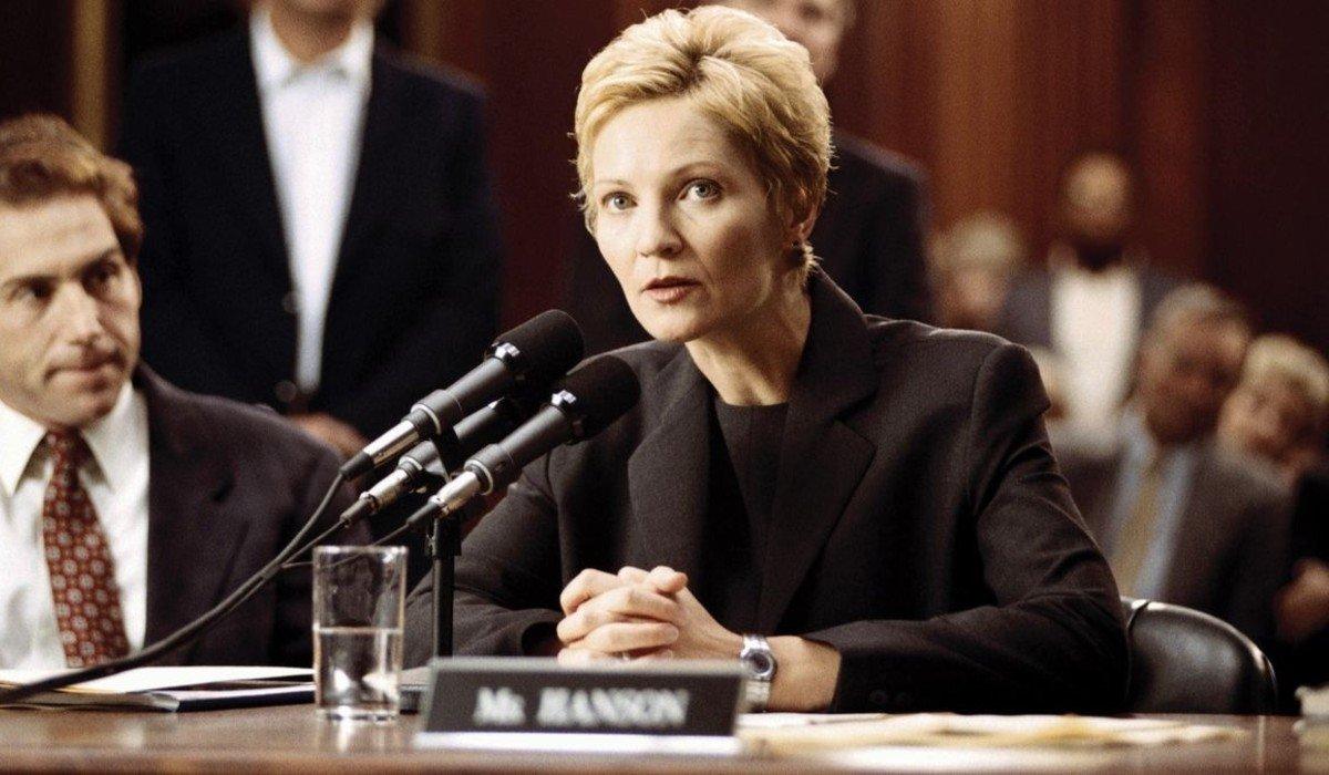 The Contender Joan Allen testifies before Congress