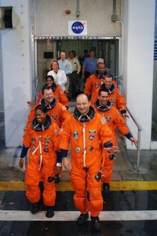 Next Shuttle Crew Rehearses Launch, Escape Drills