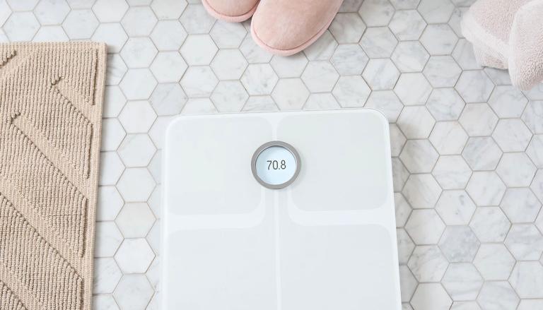 best bathroom scales: fitbit aria 2