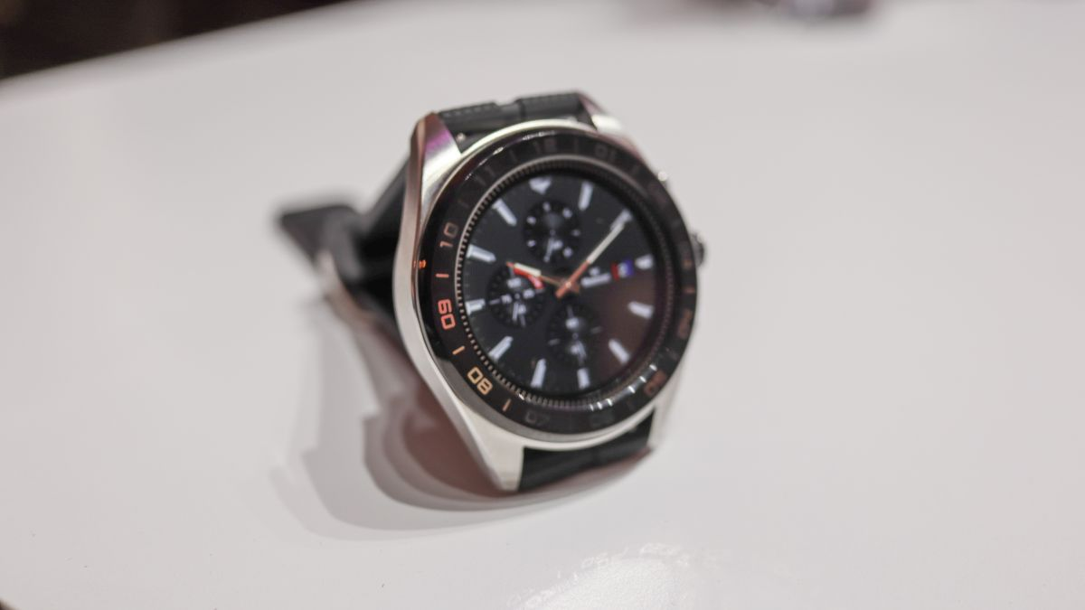 Smart Watches - cover