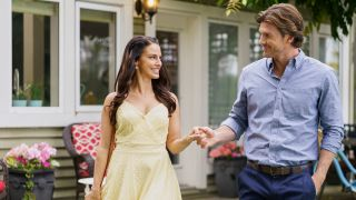 Christopher Russell and Jessica Lowndes in Hallmark Movies Now's 'High Flying Romance'