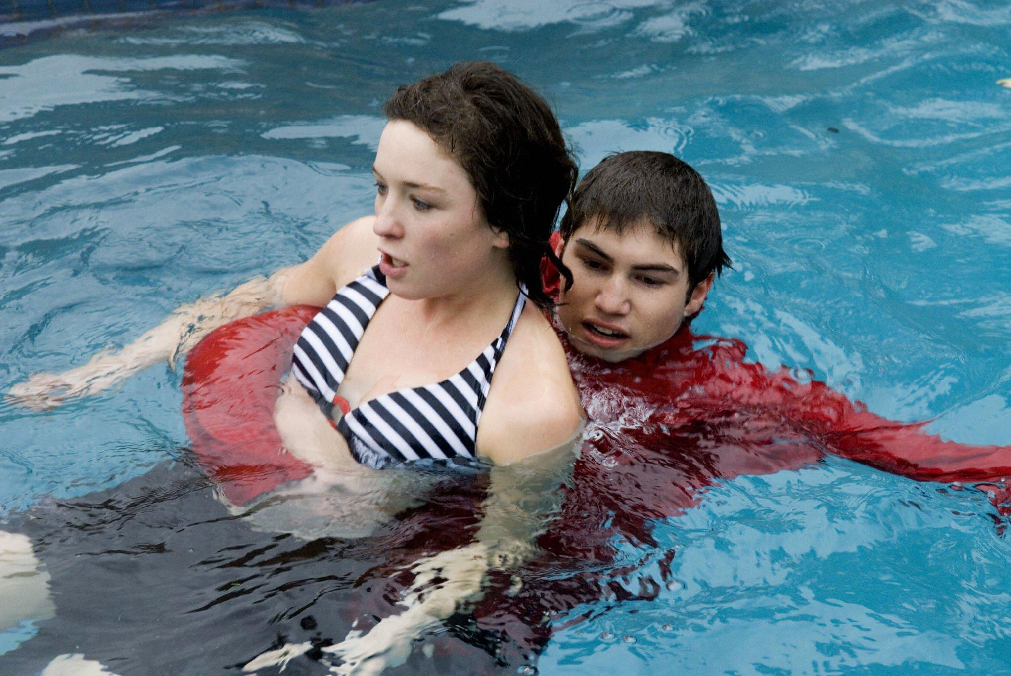 Declan saves drowning Bridget