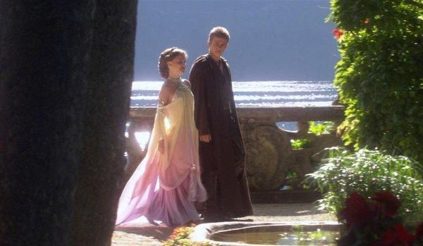 Star Wars Attack Of The Clones Natalie Portman Hadyen Christensen Padme and Anakin stroll by the lak