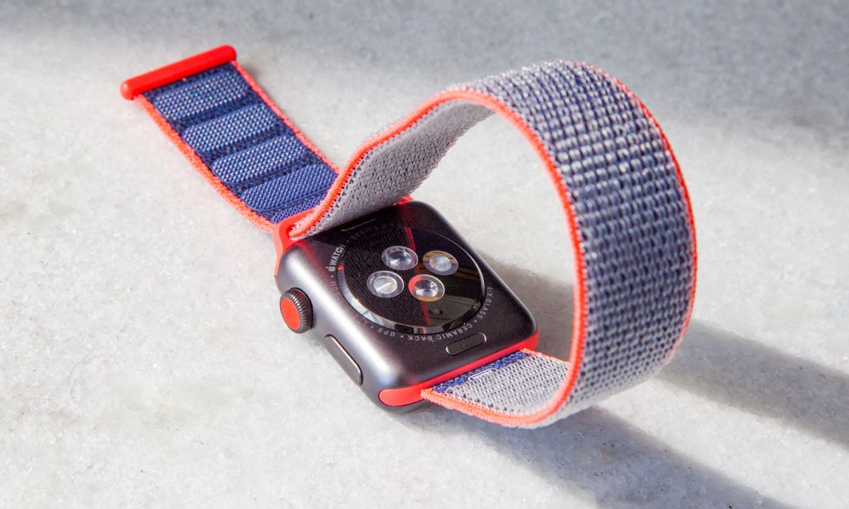Apple Watch Series 5 Could Come in Ceramic, Titanium