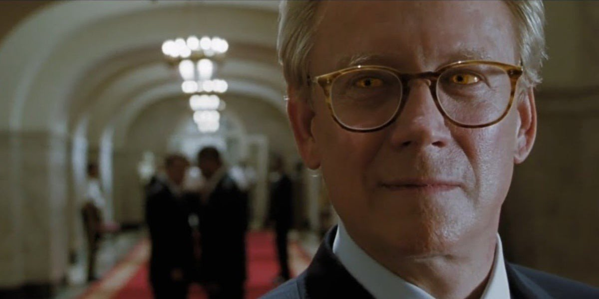 Bruce Davison as Mystique as Senator Robert Kelly in X-Men (2000)