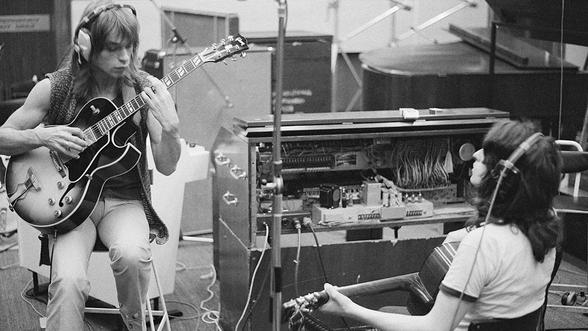 'Fragile' at 50: Steve Howe Tells the Story Behind Yes's Landmark Album