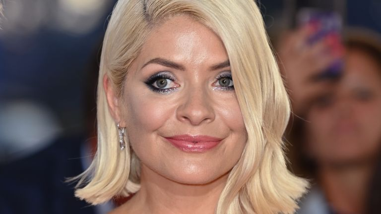 Holly Willoughby attends the 2021 National Television Awards