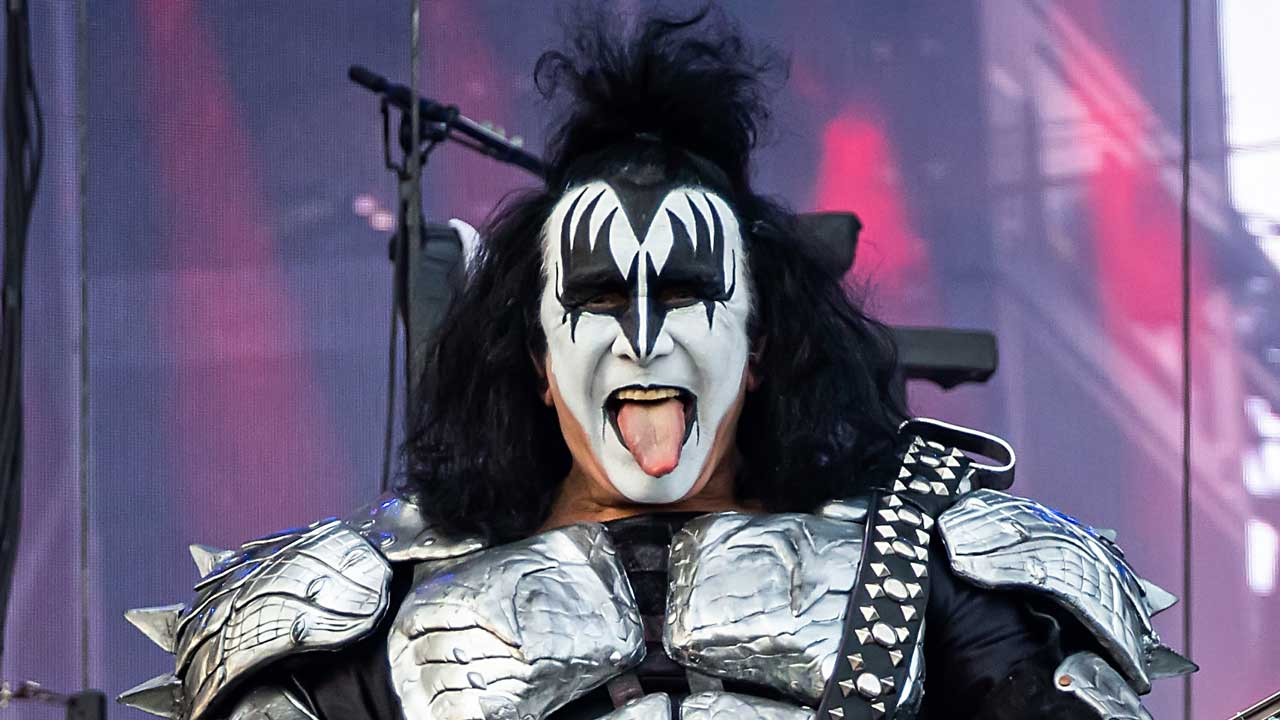 Gene Simmons defends End Of The Road tour ticket prices   Louder