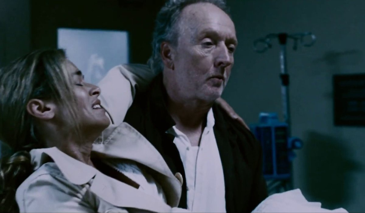 Betsy Russell and Tobin Bell at the clinic in Saw IV.
