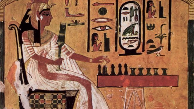 A painting in Nefertiti's burial chamber shows the queen playing what may be a game of senet.