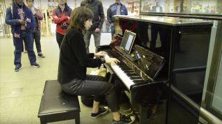 vkgoeswild on the piano