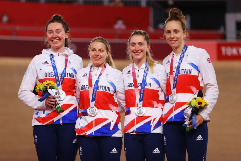 Katie Archibald, Neah Evans, Laura Kenny and Josie Knight on the podium with their silver medals at Tokyo 2020