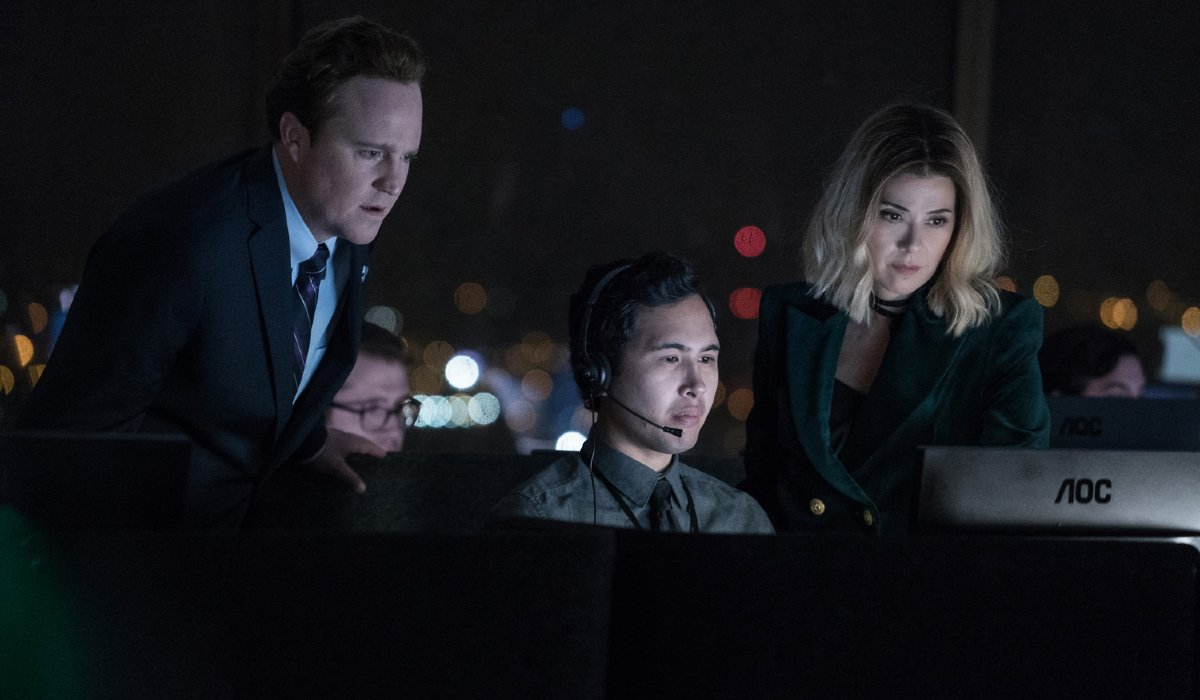 Patch Darragh and Marisa Tomei in the control room in The First Purge.