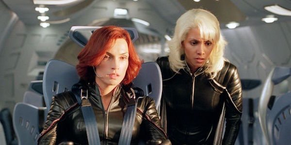 Jean and Storm in X-Men 2