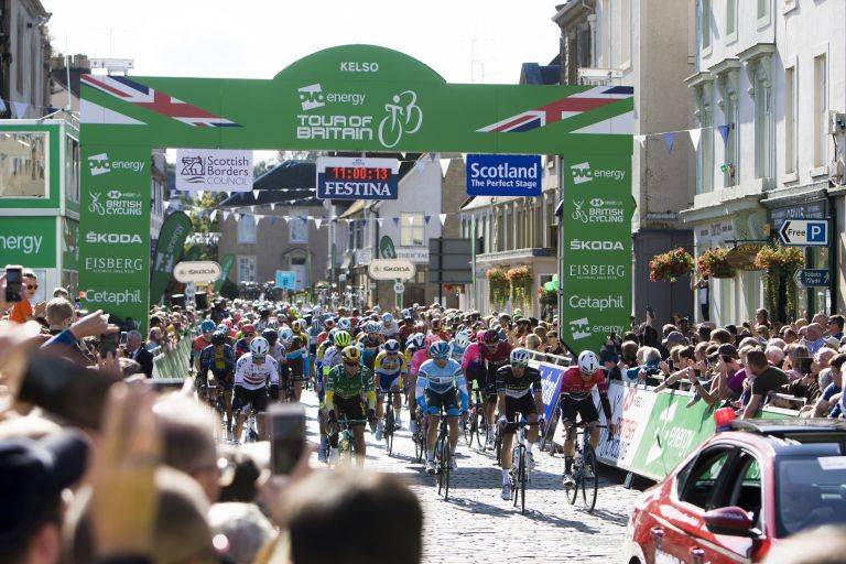 Start at stage two of the 2019 Tour of Britain in Kelso