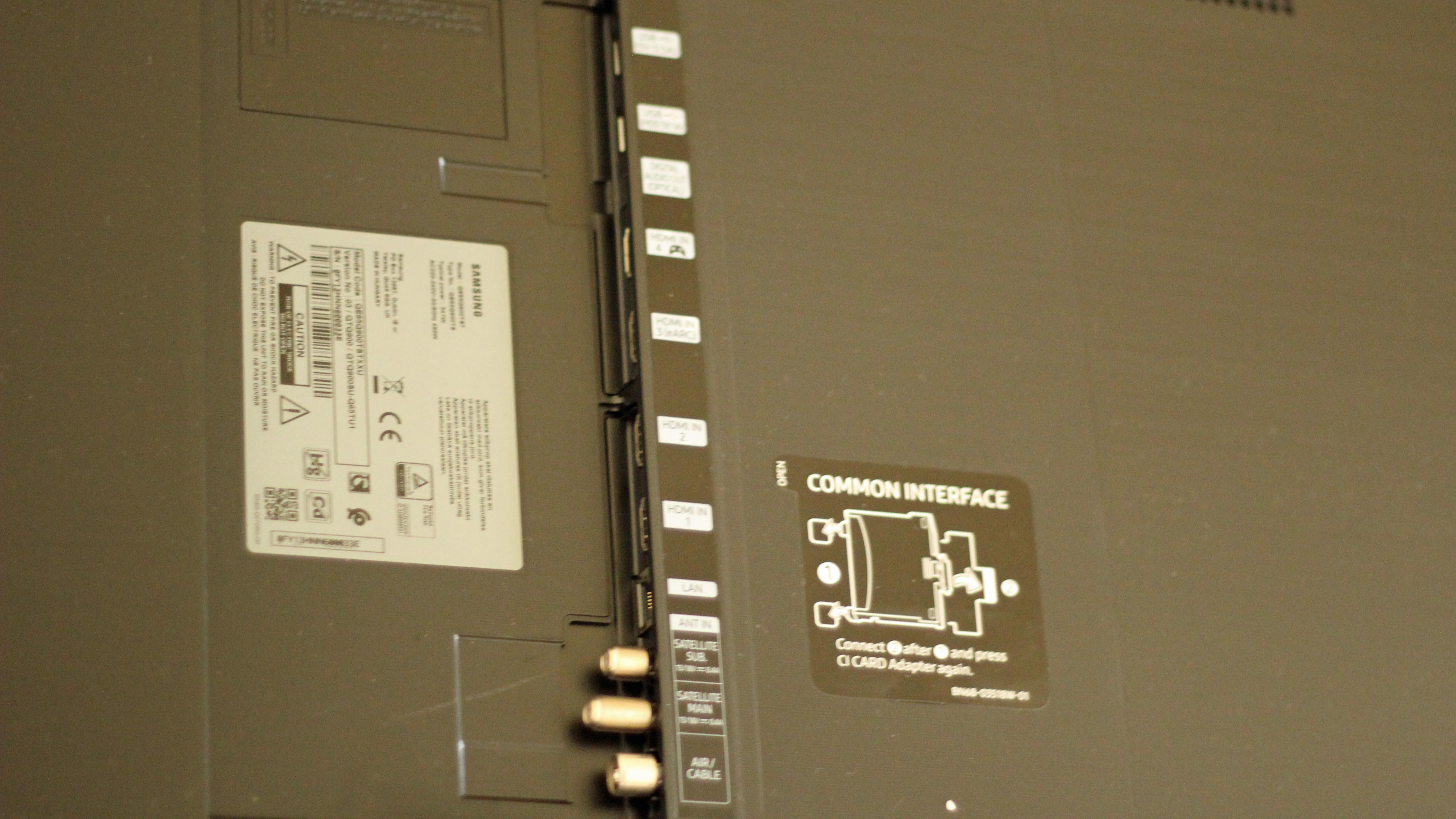 Showing the ports and connectivity options on the Q900TS