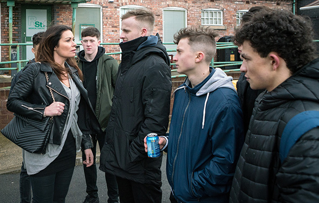 Coronation Street spoilers: Carla Connor takes on a gang!