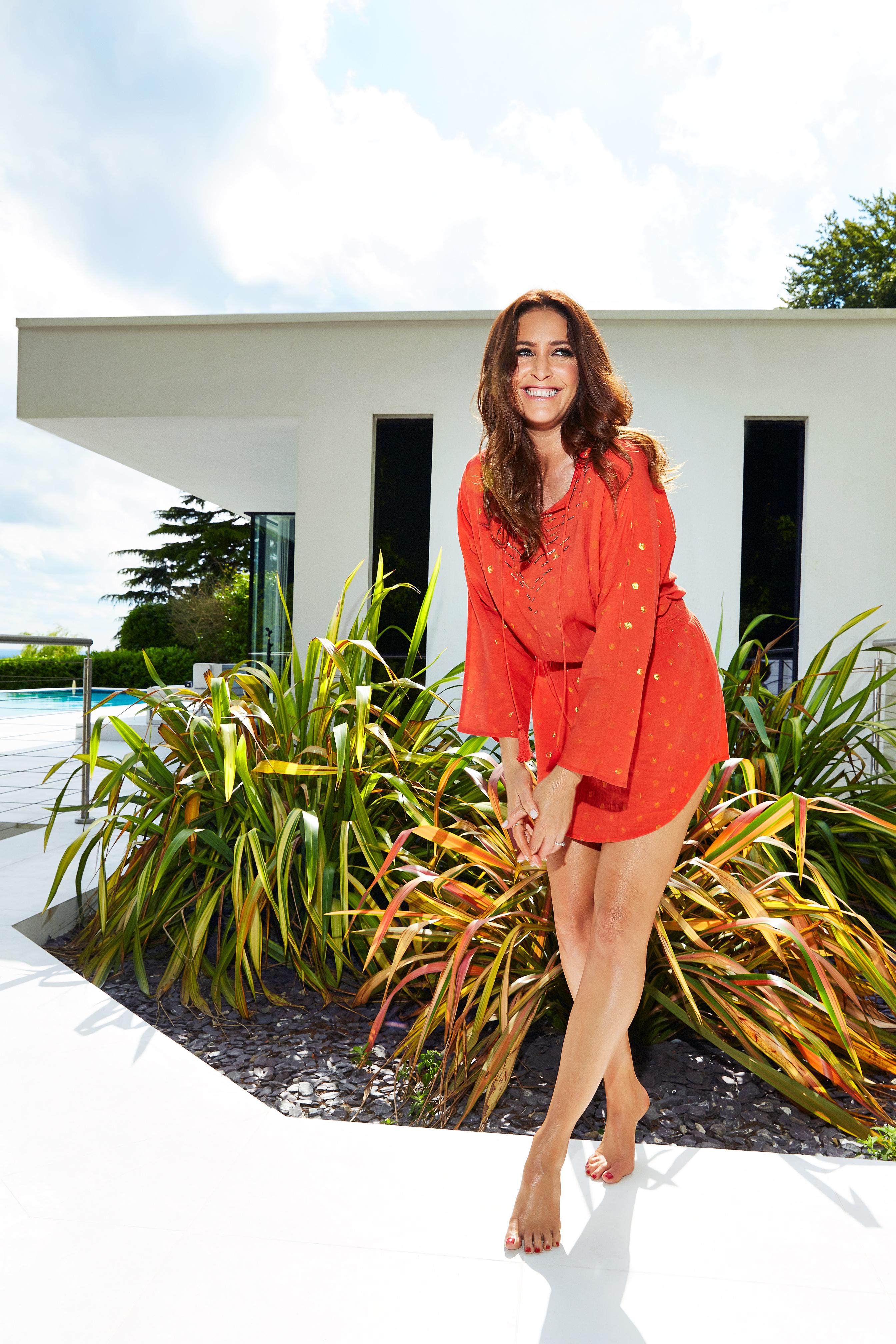 foto de Lisa Snowdon reveals the flattering £28 swimsuit she loves for summer