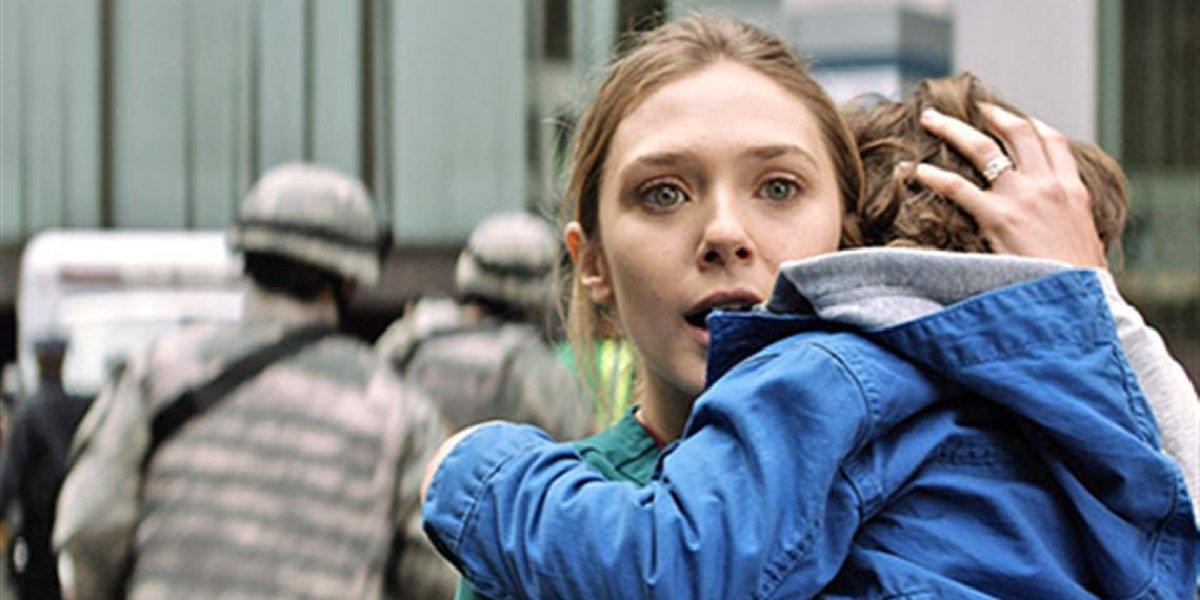 Elizabeth Olsen in Godzilla.