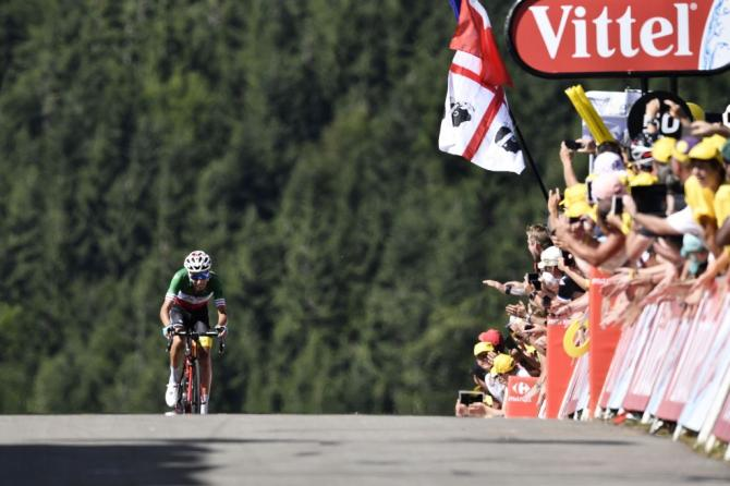 Fabio Aru en route to a Tour de France stage victory